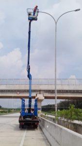 gambar mobil tangga 16 meter