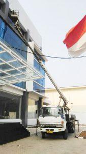 gambar mobil tangga 20 meter